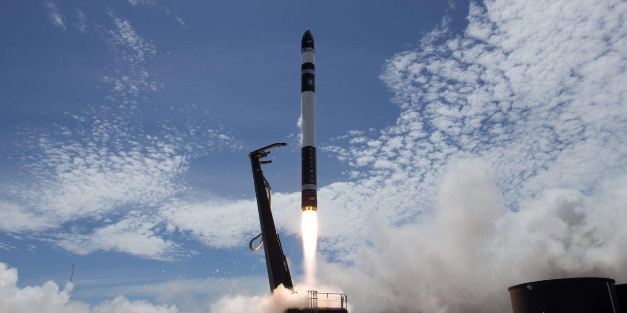 NZ's Rocket Lab reaches orbit, Lifesaving drone, Amazon Go, Magpie dead – NZ Tech Podcast 371